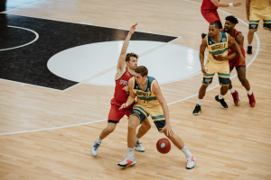 C'était un duel de frères en FIBA Europe Cup.